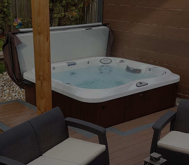 Shop Hot Tub by Size in Amherst, Clarence, and Cheektowaga