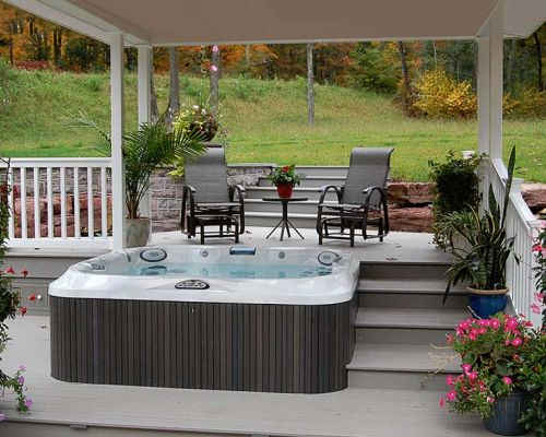 Covered Outdoor Jacuzzi® Hot Tub Clarence New York